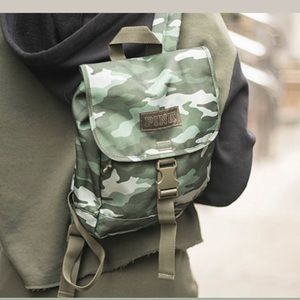 PINK CAMO SMALL BACKPACK